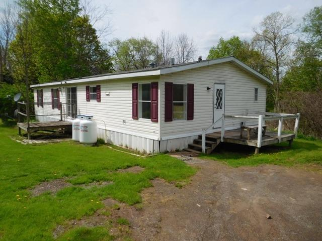 55,000 - (Was $59,000)3 Bedrooms, 2 Baths.45 AcreNestled Next to EastSidney Dam Park