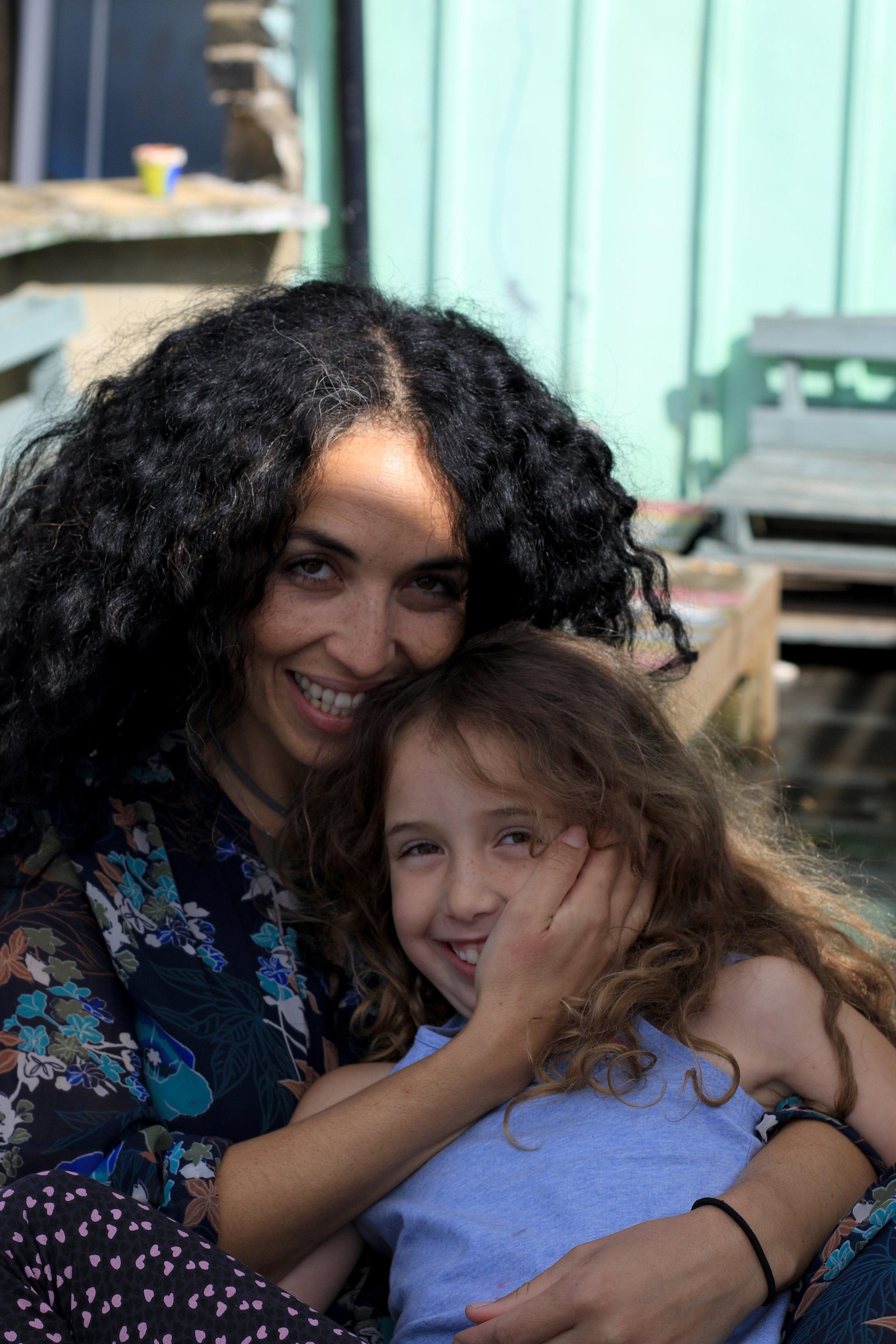 Naomi&Perla.jpg