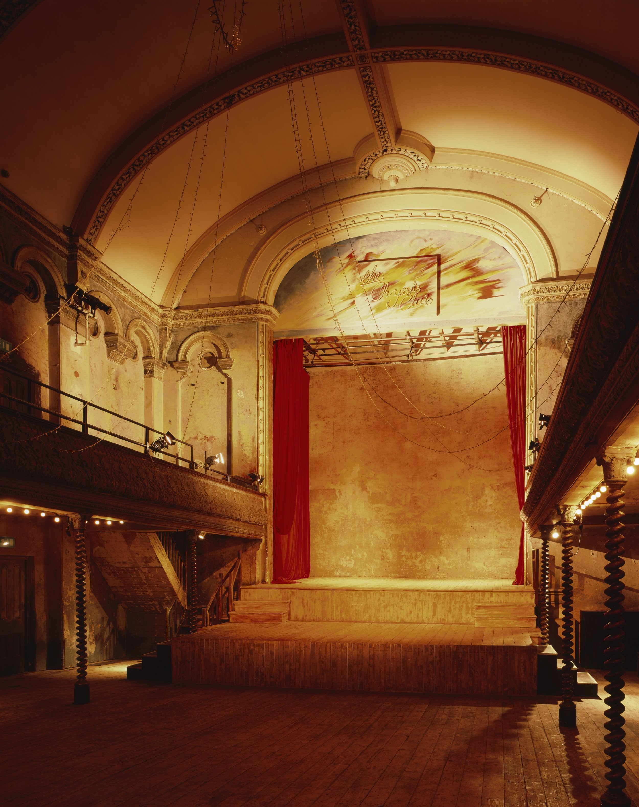 Wiltons-Music-Hall.-Credit-Helene-Binet-9.jpg