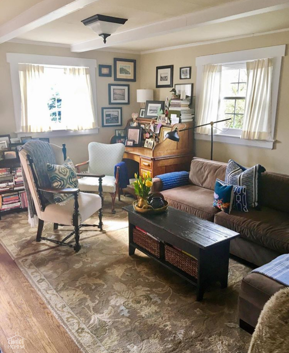 livingroom 3 wm.jpg