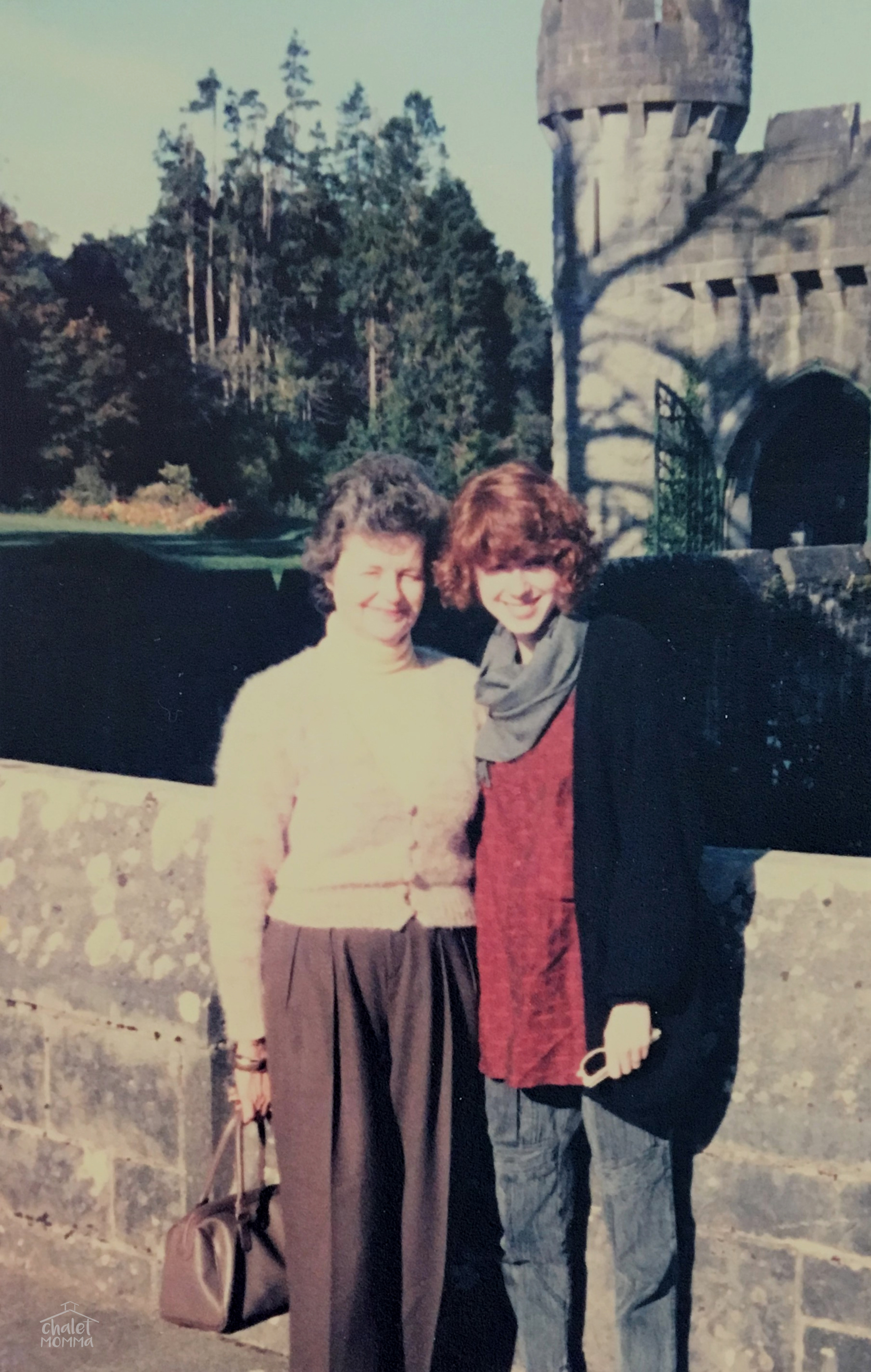 1985 Ireland. Look at how stylish she was in her cashmere and wool!