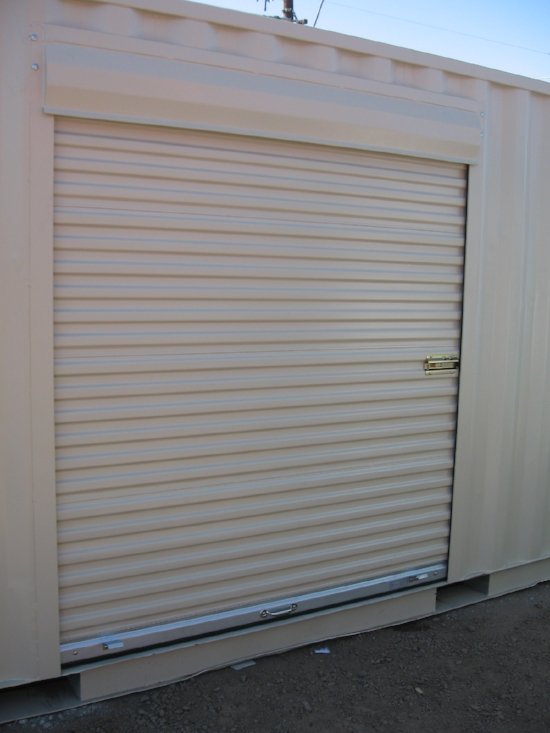 6' wide roll up door perfect for loading and unloading large items