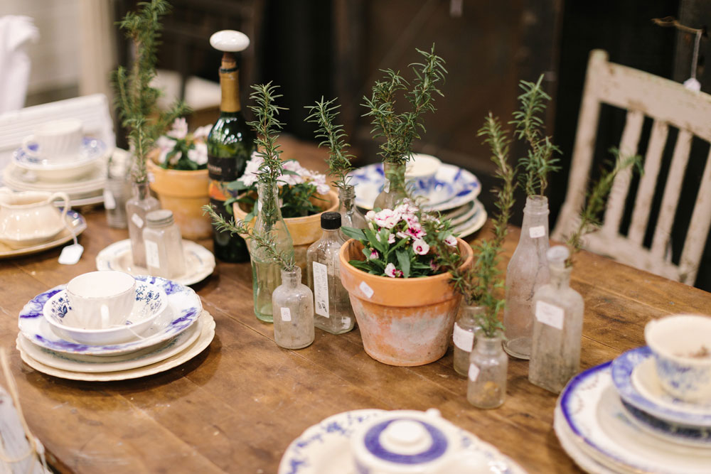 Spring table setting at the City Farmhouse Pop Up Fair