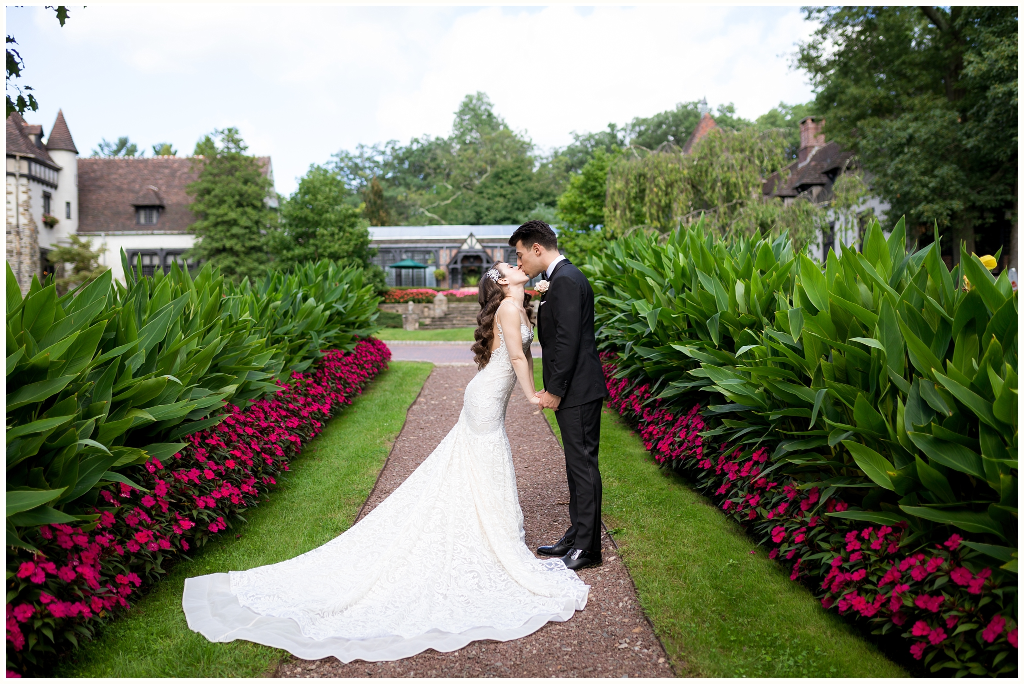 Pleasantdale Chateau Wedding NJ Wedding NYC Wedding Photographer_0014.jpg