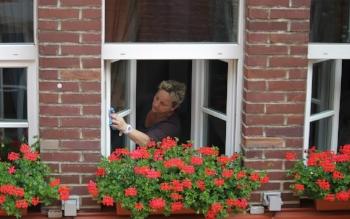 washing-windows-394158_1280.jpg