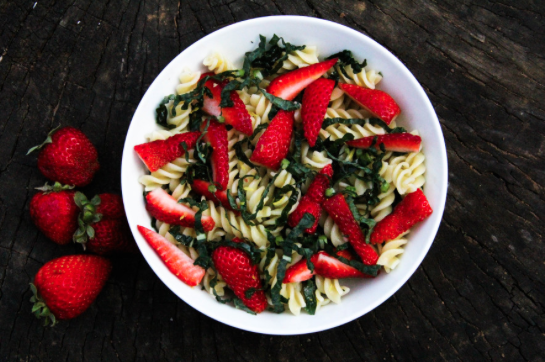 Strawberry and Kale Pasta Salad -