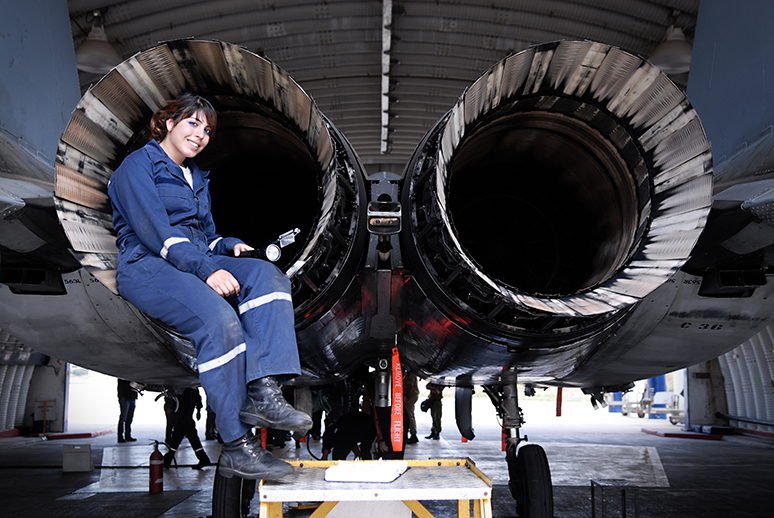 aviation-technician.jpg