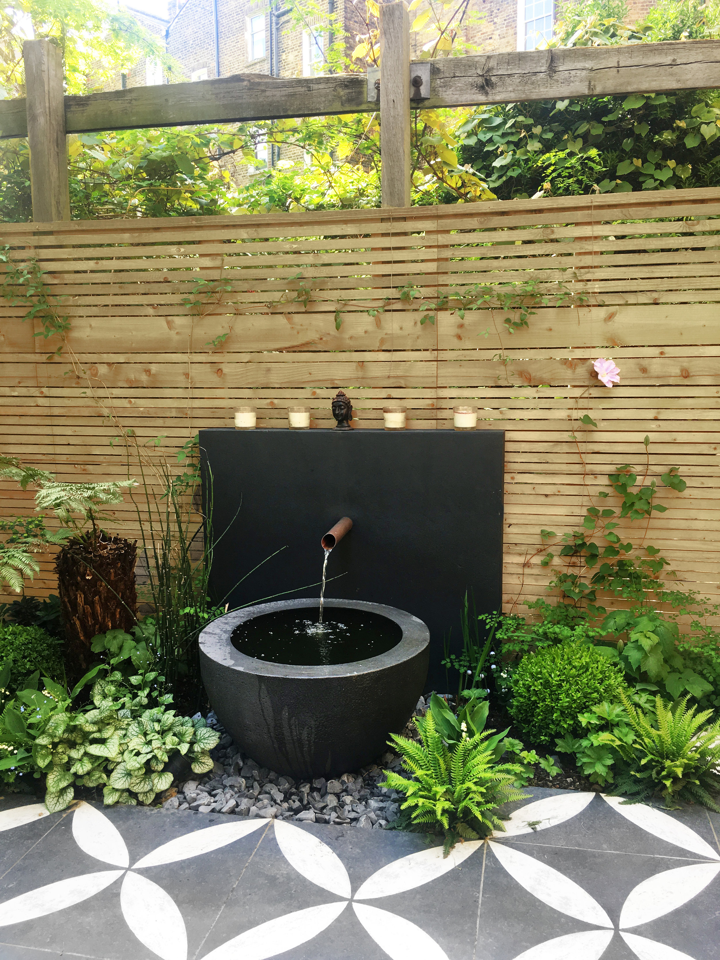 Primrose_Hill_Water_Feature_Cat_Howard_Garden_Design