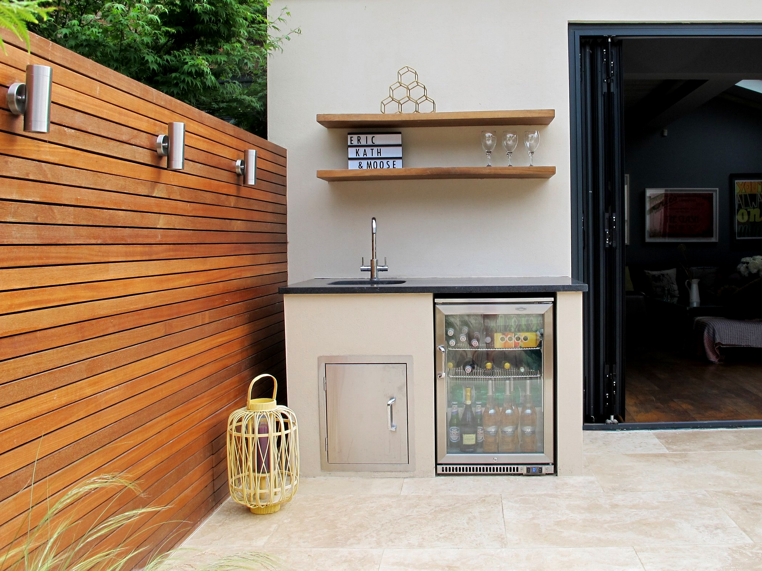 Kew-London-Outdoor-Kitchen-Cat-Howard-Garden-Design.jpeg