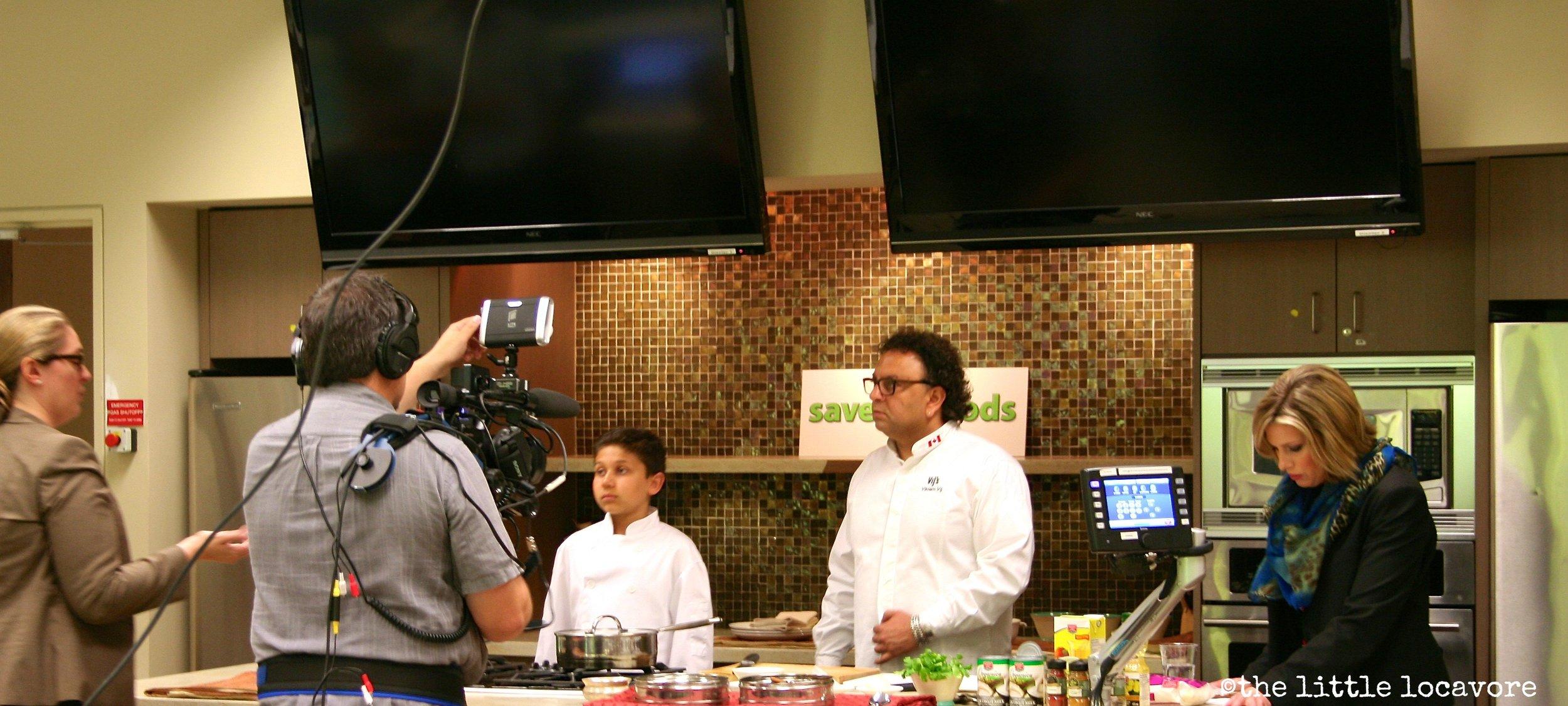 Vij-Cook-Live-3.jpg