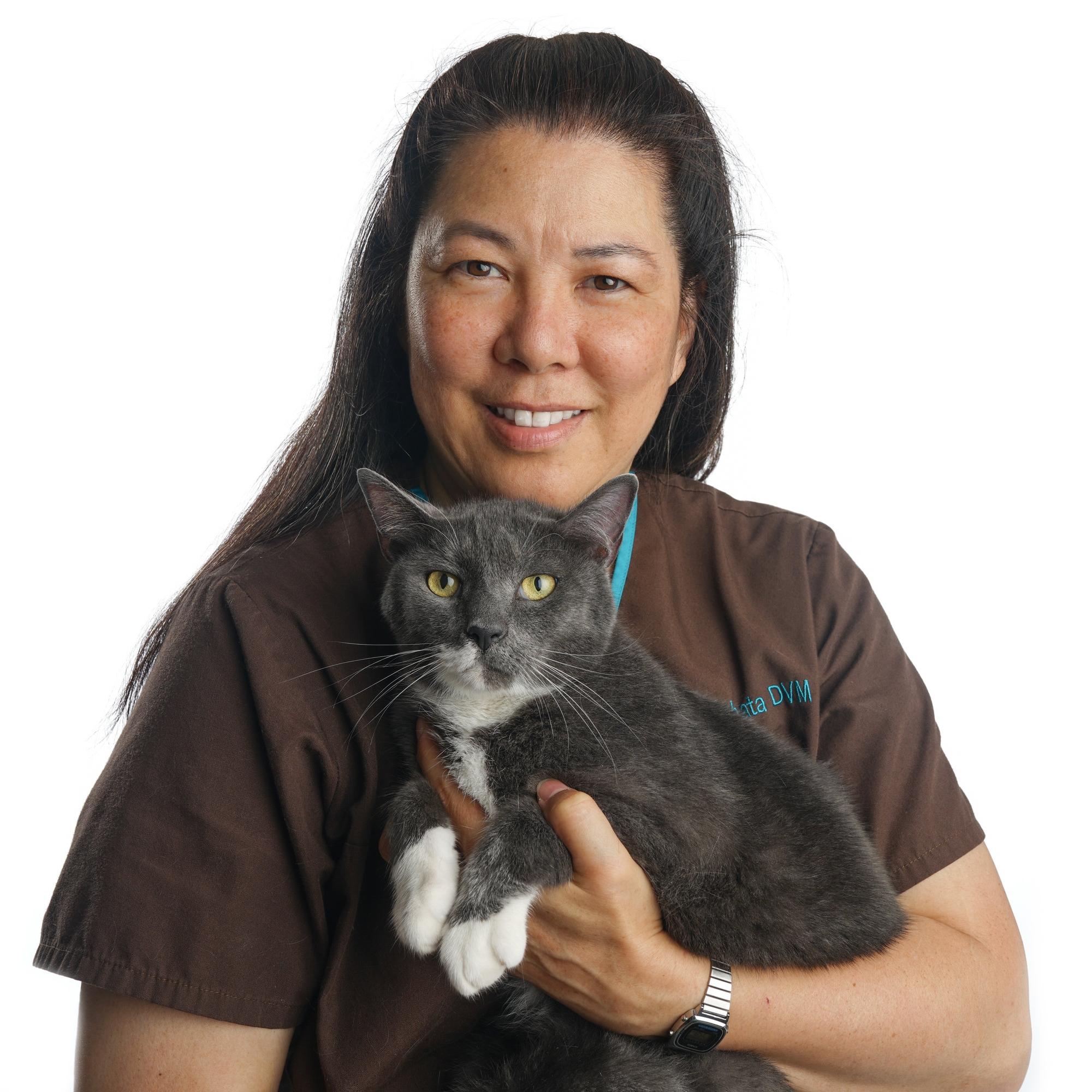 Dr. Lianne Tabata