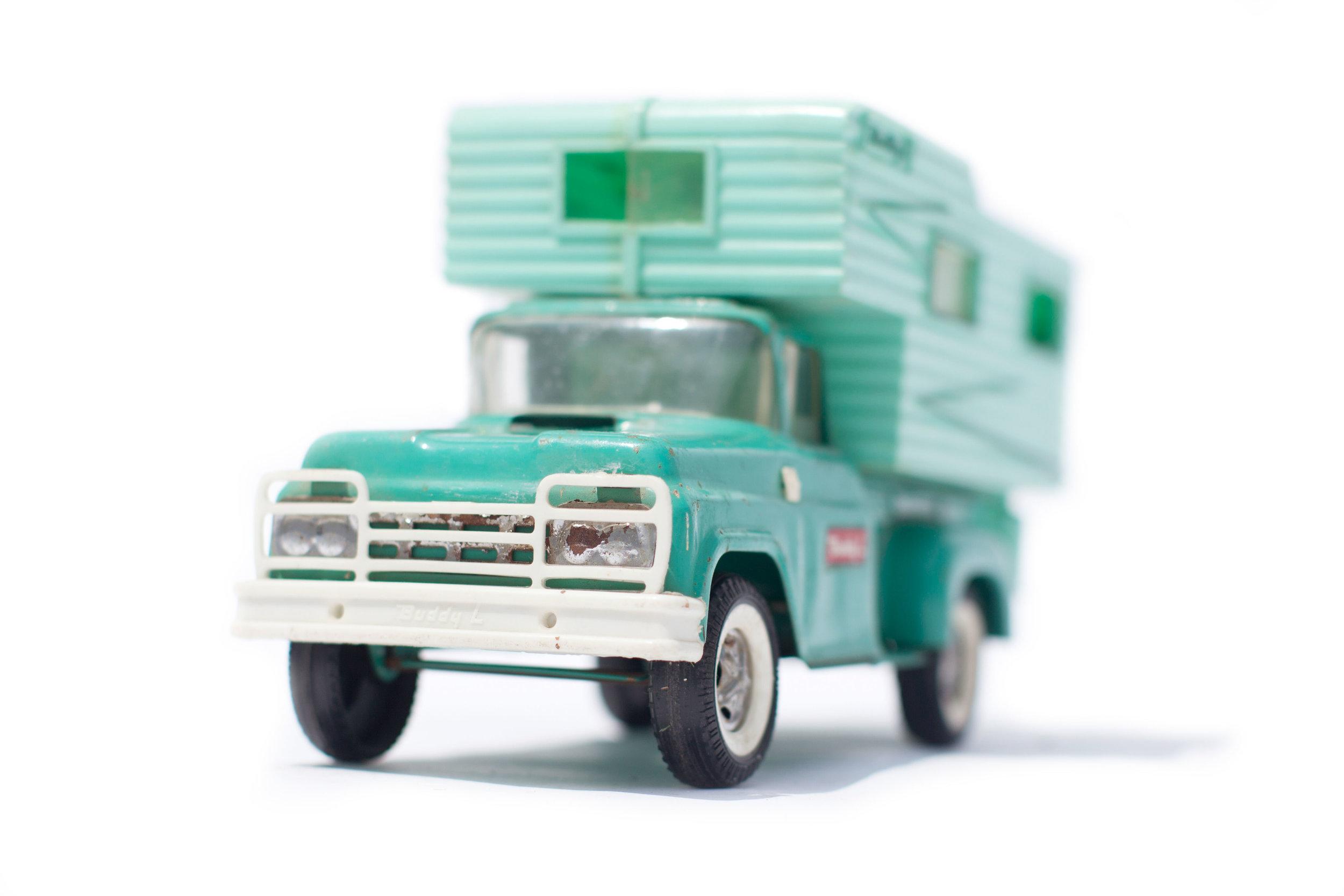Vintage Toy Camper in Turqiois.jpg
