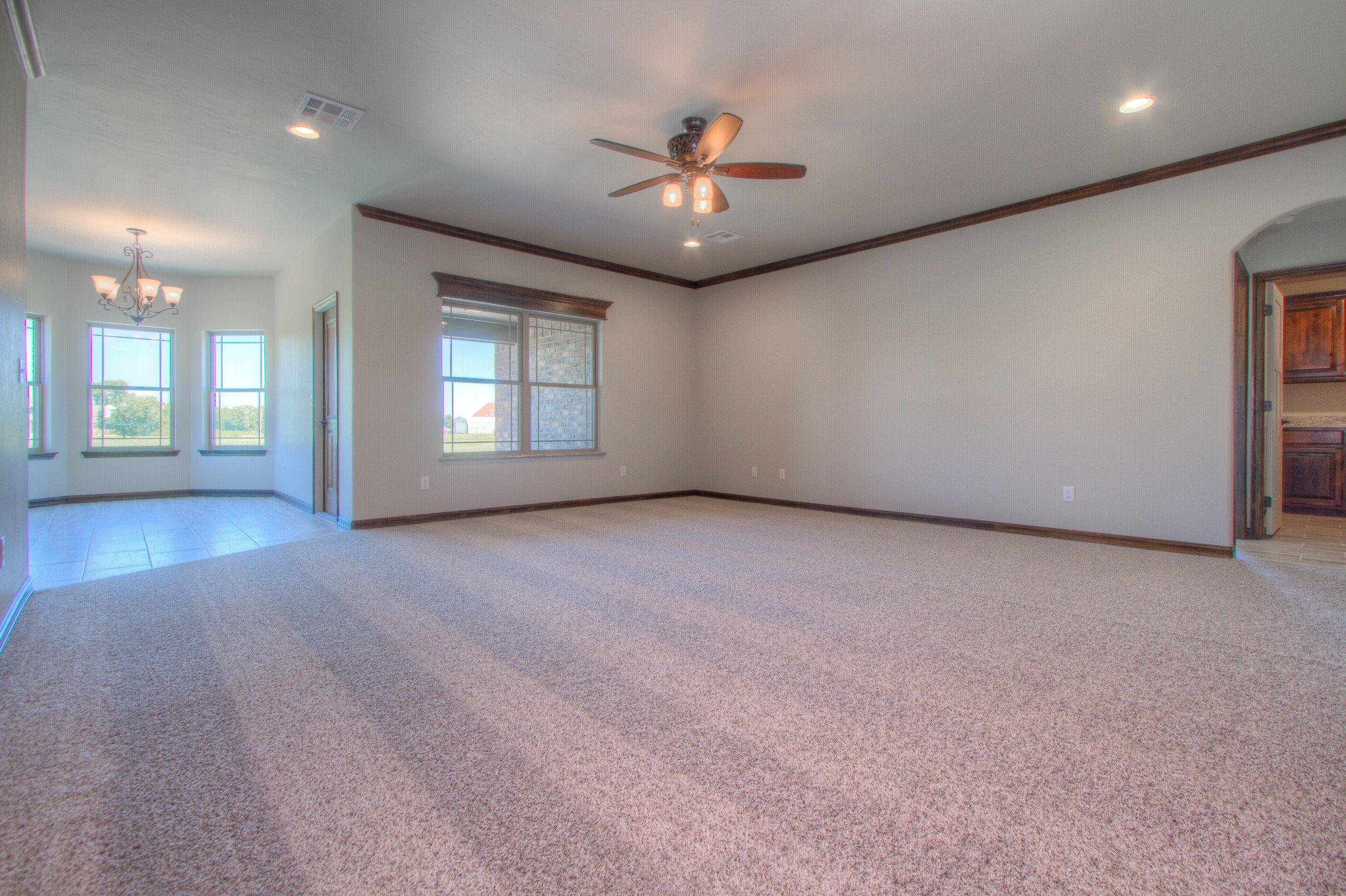 005_Living Room 1.jpg