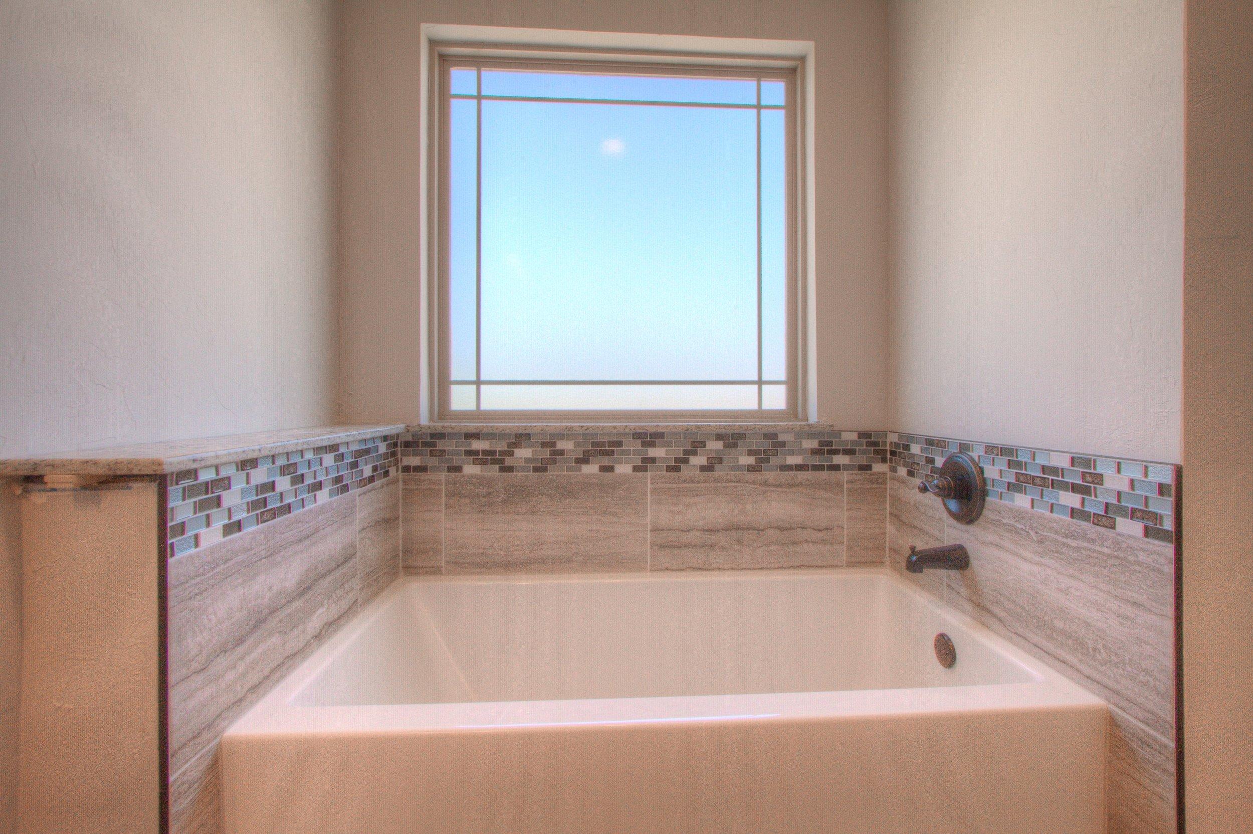 020_Master Bath Tub.jpg