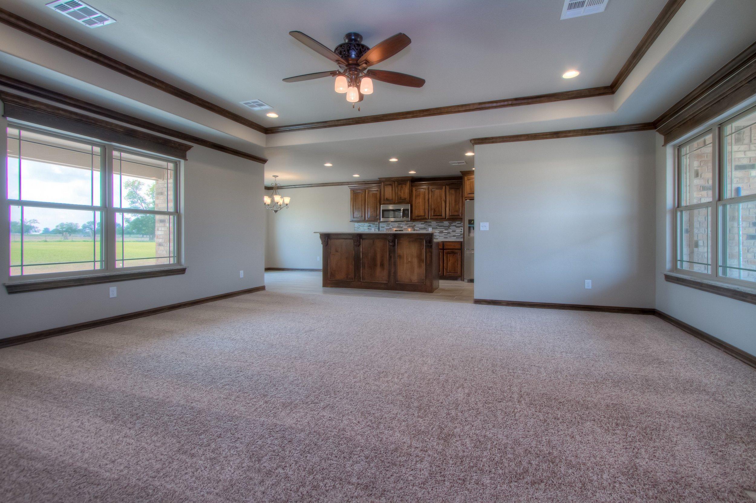 004_Living Room 1.jpg