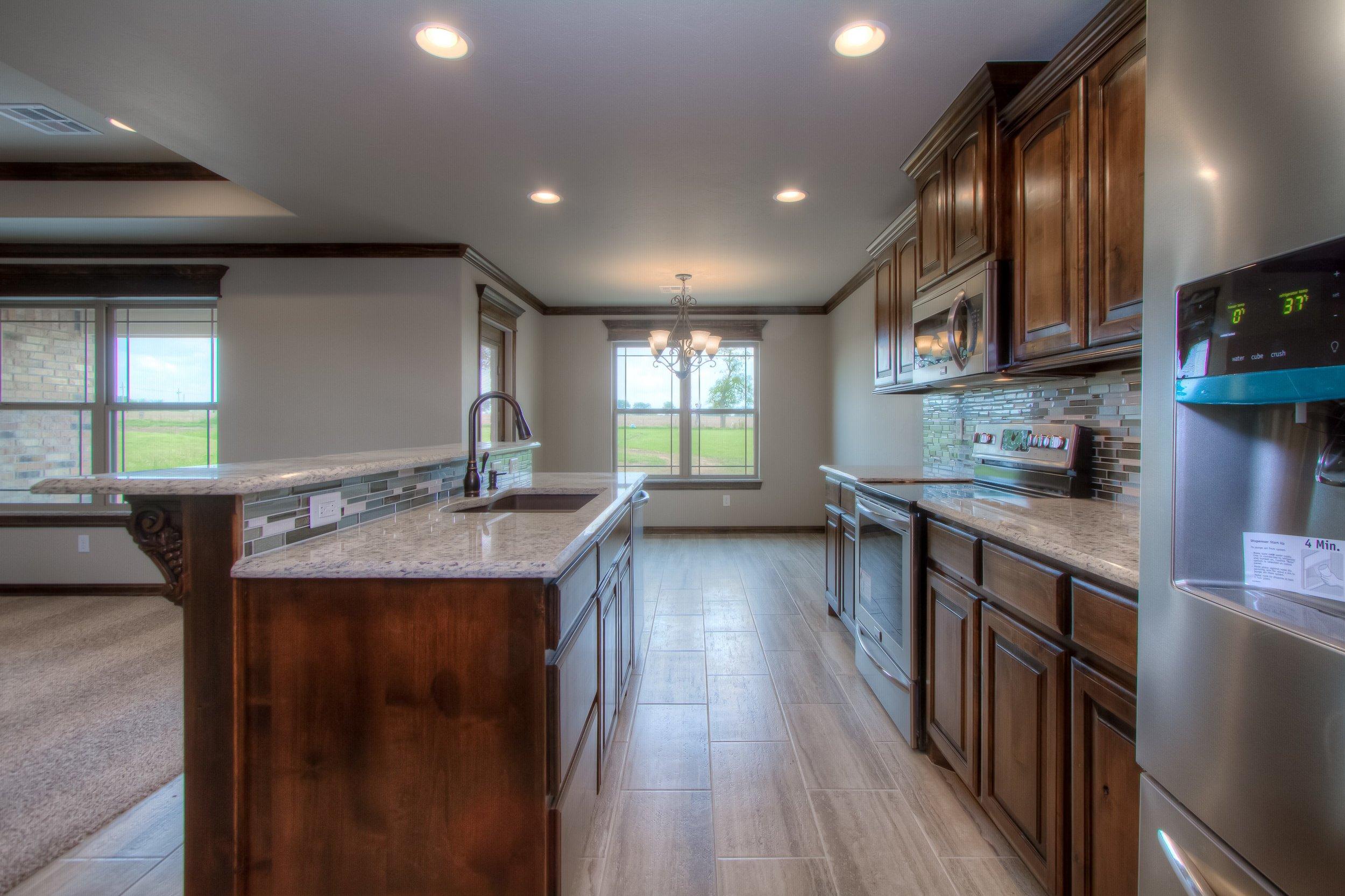 014_Kitchen 8.jpg
