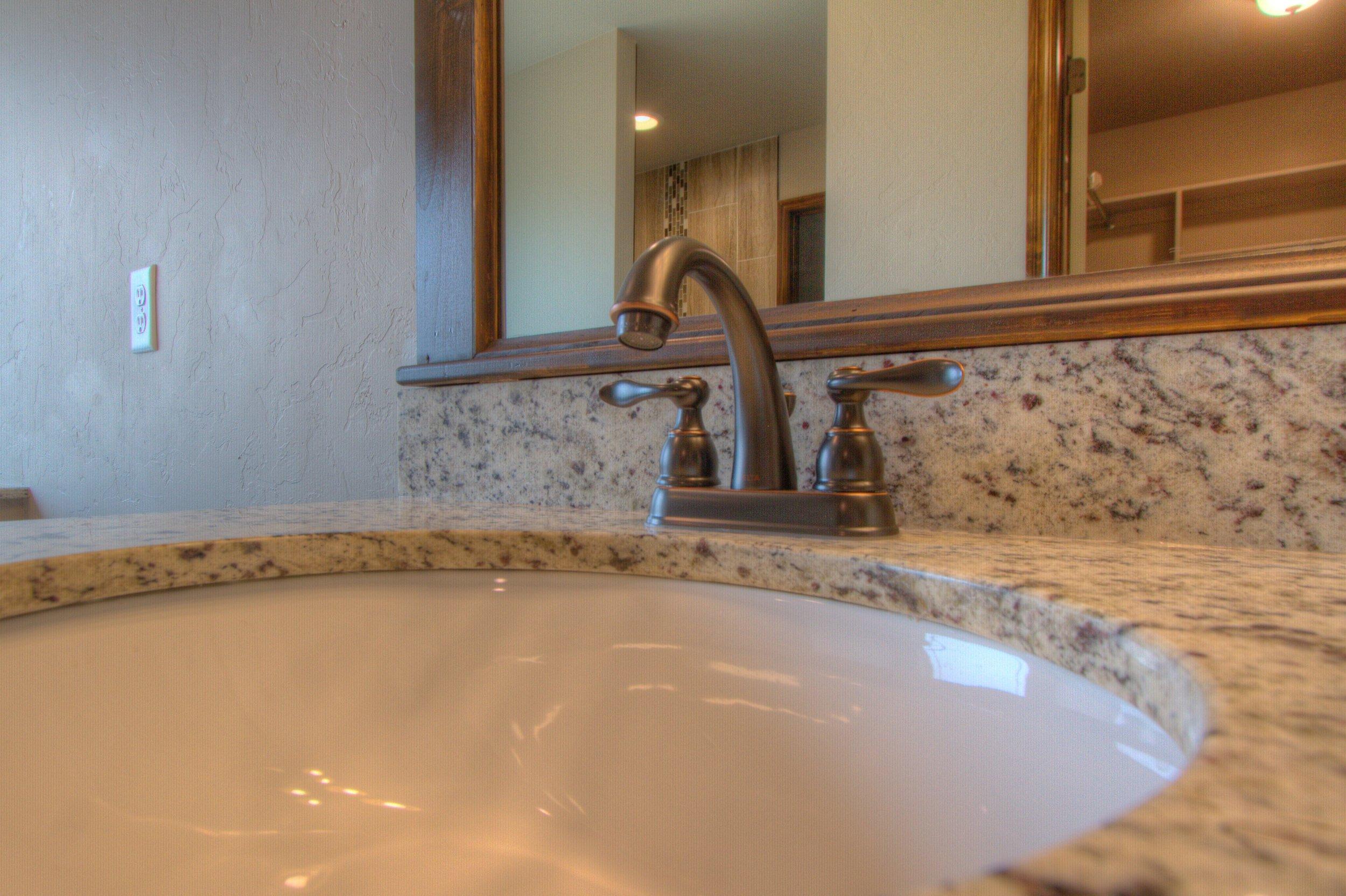 025_Master Bath 5.jpg