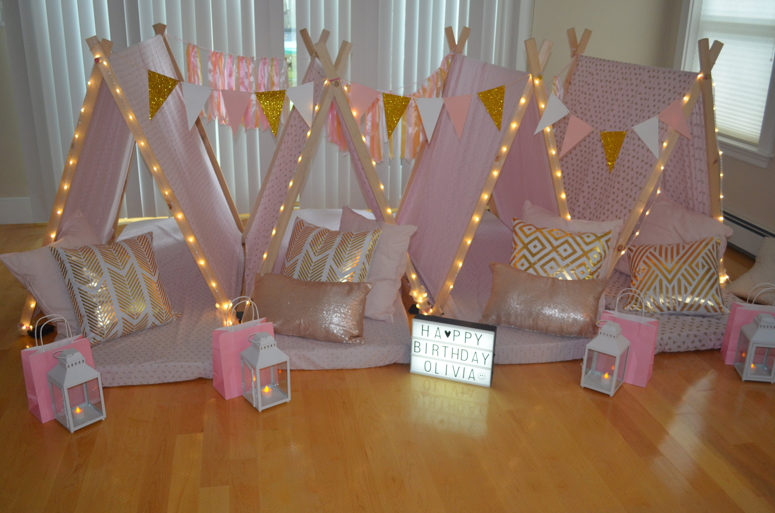 cheaper 06b48 a362c PopUp Sleepover Tents — Pop Up Party!