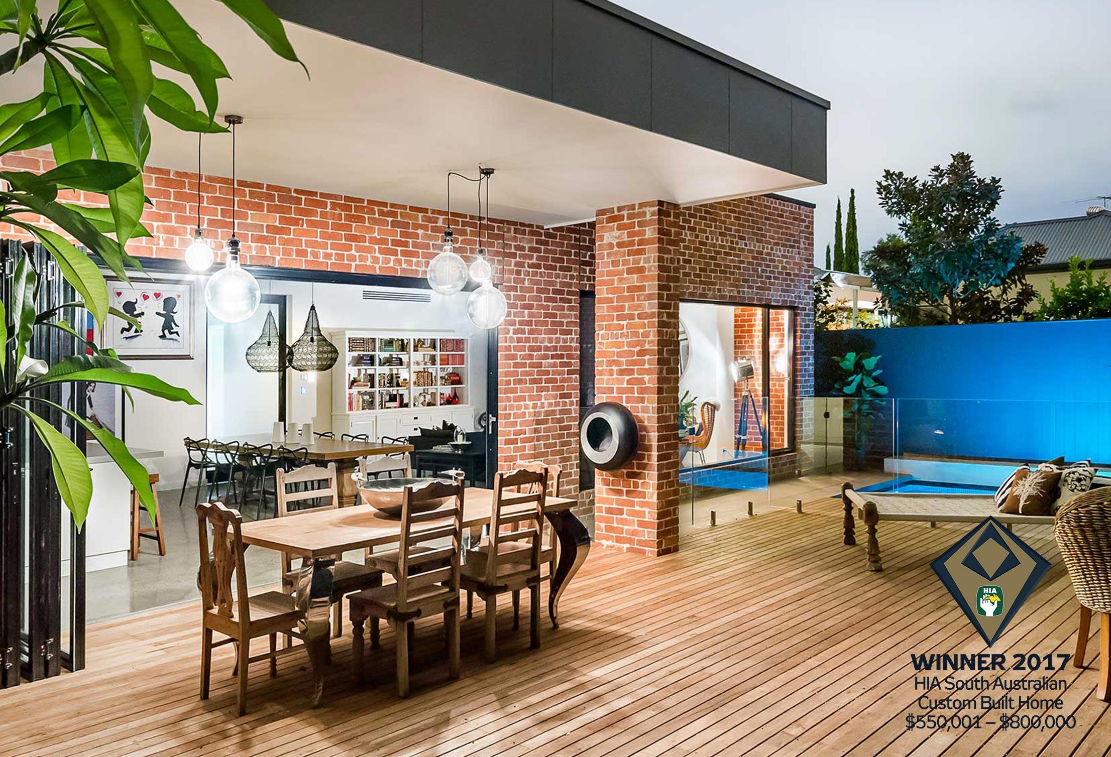 Award-Winning-Custom-New-Homes_Turnbull-Built.jpg