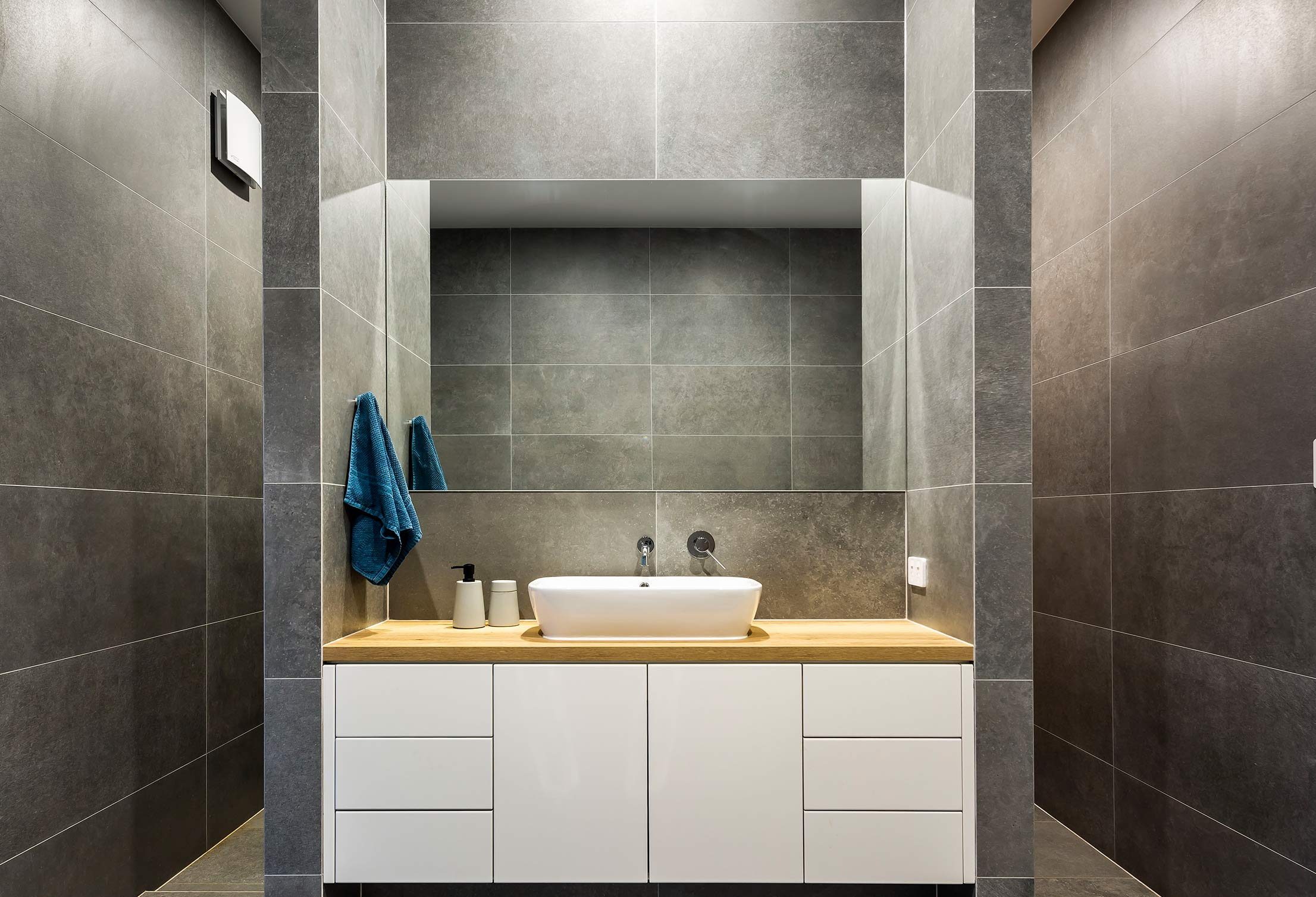 turnbull-built-renovation-bathroom-custom-kings-park-sa.jpg