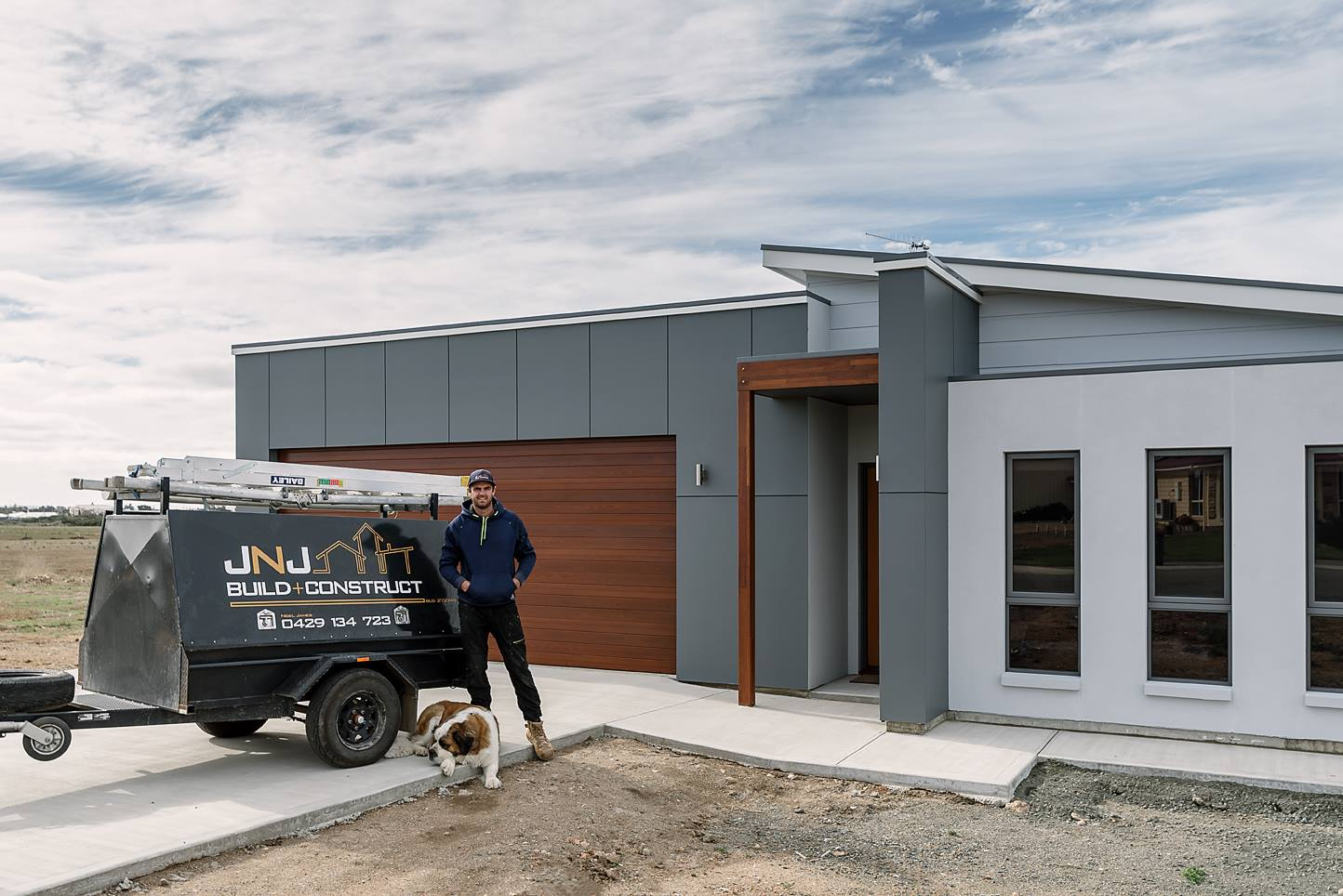 After completing his apprenticeship here in Tumby Bay, Nigel moved to Adelaide to further develop his skills. Upon returning to the Eyre Peninsula, having gained over 10 years of industry experience, he decided to start JNJ Build+Construct offering a custom home building service.