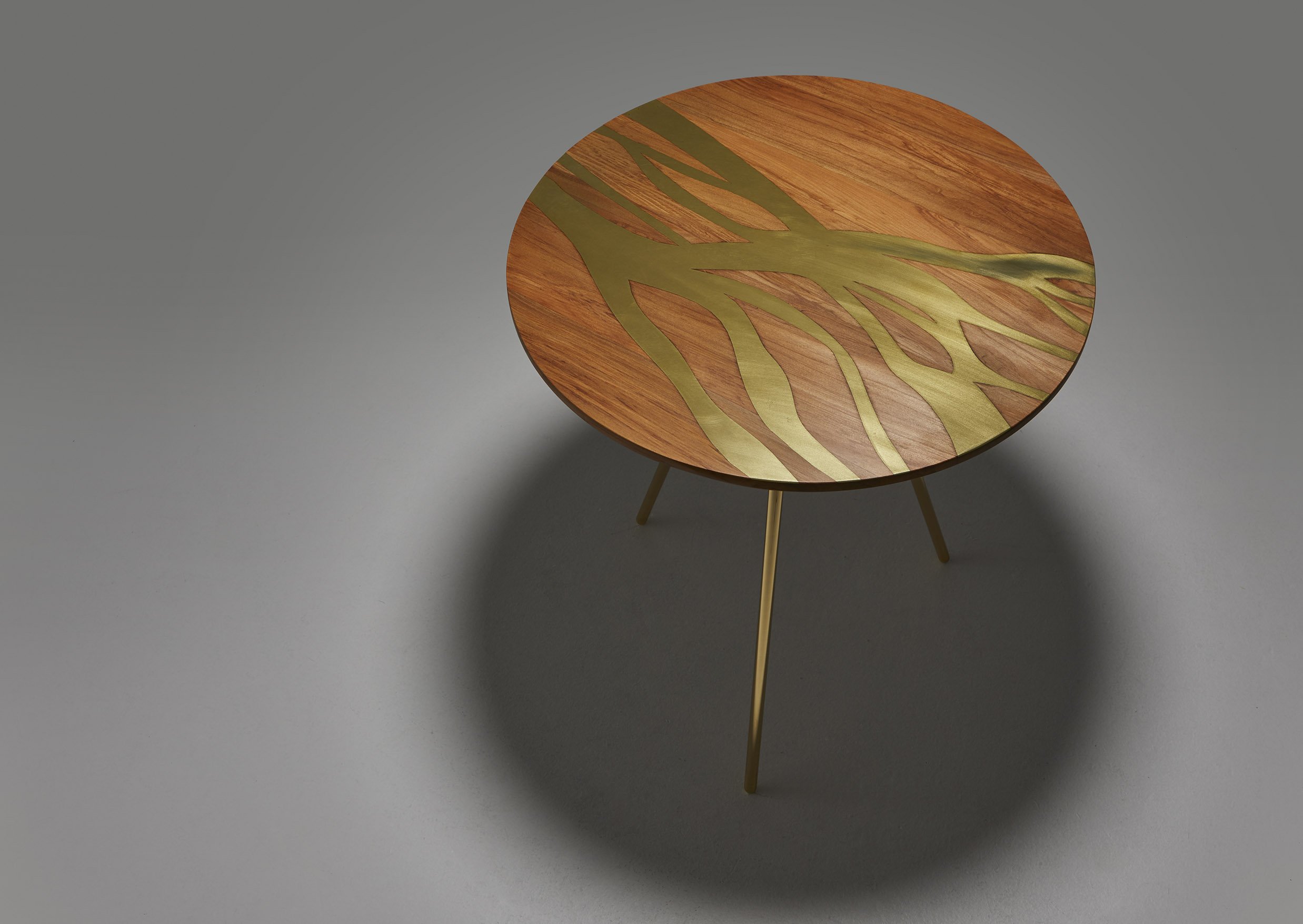 The Flow Side Table.