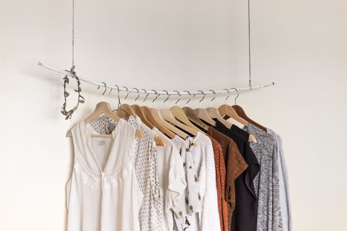 clothes-priscilla-du-preez-228220.jpg