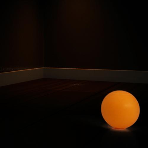 《The Ball》- for Vibraphone and Interactive Image - 一開始飄緲的氣氛代表人的意識 ,如夢境般的感覺牽引著觀眾走入白光,殊不知下一刻卻突然掉入現實,藉由感測演奏者雙手的重力加速度,來與房間中看不見的球互動。接著,音樂進入第二段,描述著原本擁有個人意識的球,在掉進群體之後迷失自我的狀態,在茫茫人海中,我們是否也曾經這樣迷茫?於是在下一段,我們墜落,在尋找的過程中,也許我們會感到絕望、沒有真實感,但我們需要遵循我們潛意識中的那道白光,引領我們回到現實。最後,再一次地投向世界,在經過自我意義的追尋後,就算是在這樣紛擾的世界裡,我們也能堅定地往前,而不會被干擾,最後我們依舊會回到我們的小空間,找到屬於自己的角落。