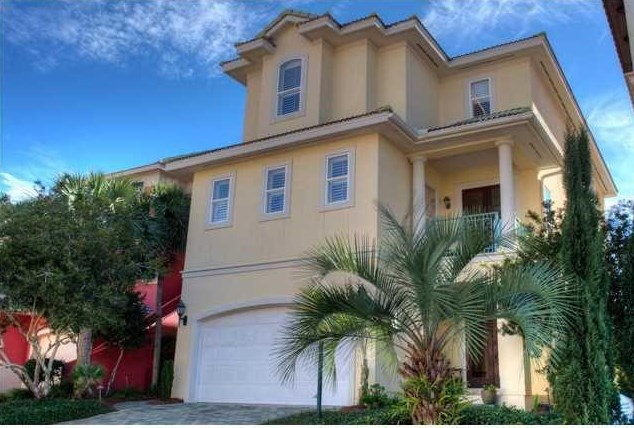 4785 OCEAN Blvd - Sold Price:$940,0005 Beds | 5 Baths |4,176 sqftListing Office:Coldwell Banker Residential