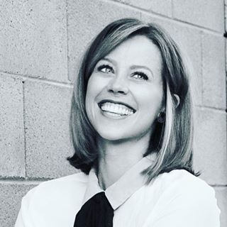 lizzy jensen - Lizzy is the Founder and Editor-in-Chief of The Small Seed. She is a mother, wife, and attorney, but the title she most prefers is believer. You can connect with Lizzy over on Instagram @lizzy.jensen.