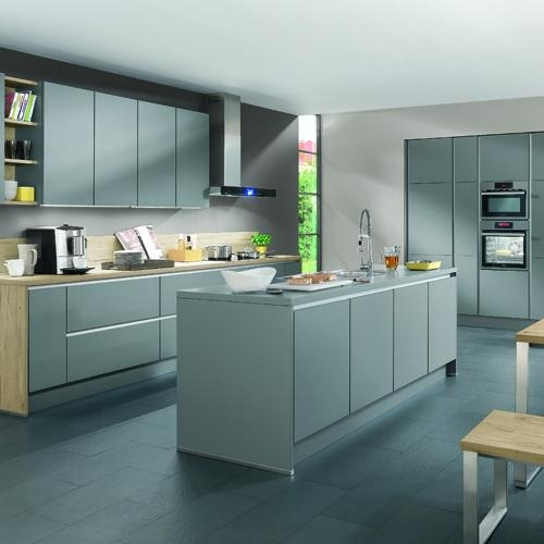 - Handle-Less Kitchen DesignIntroducing the newest addition to our collection… LINE N. This is the new handle-less kitchen from Nobilia, which many of our customers are raving about! LINE N gives you effortless, seamless style, offering a more contemporary look that works well in many different sized kitchens. Choose from high quality lacquered fronts or flawlessly finished matt fronts with seamless, laser-welded edges. Read More…