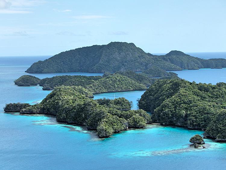 Vanua Balavu - July 2015 - Bay of Islands_SM .jpg