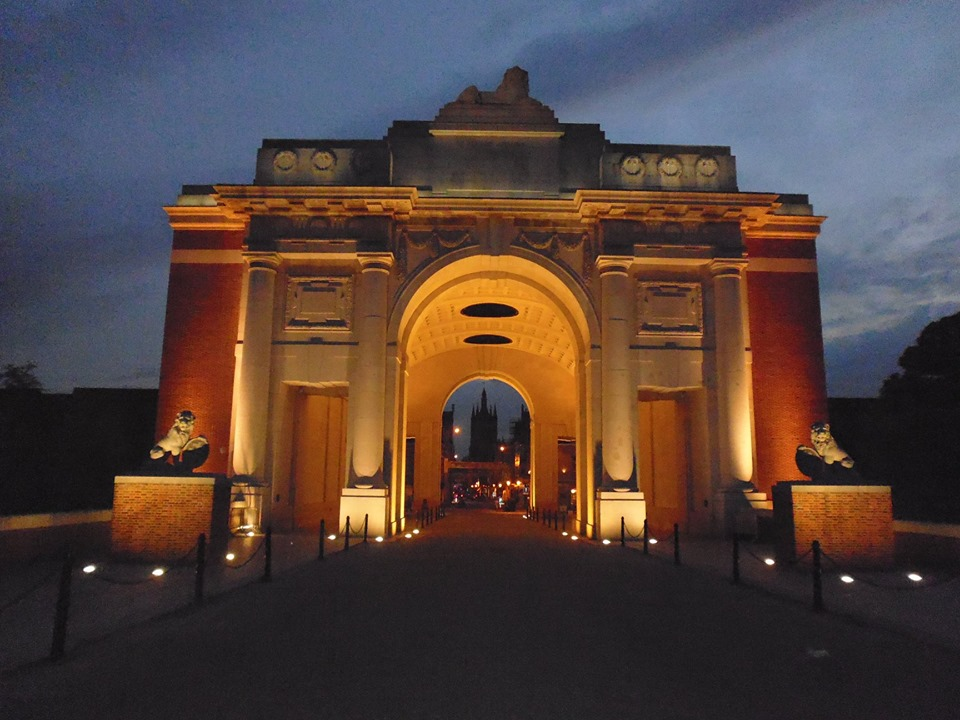 Menin Gate night.jpg