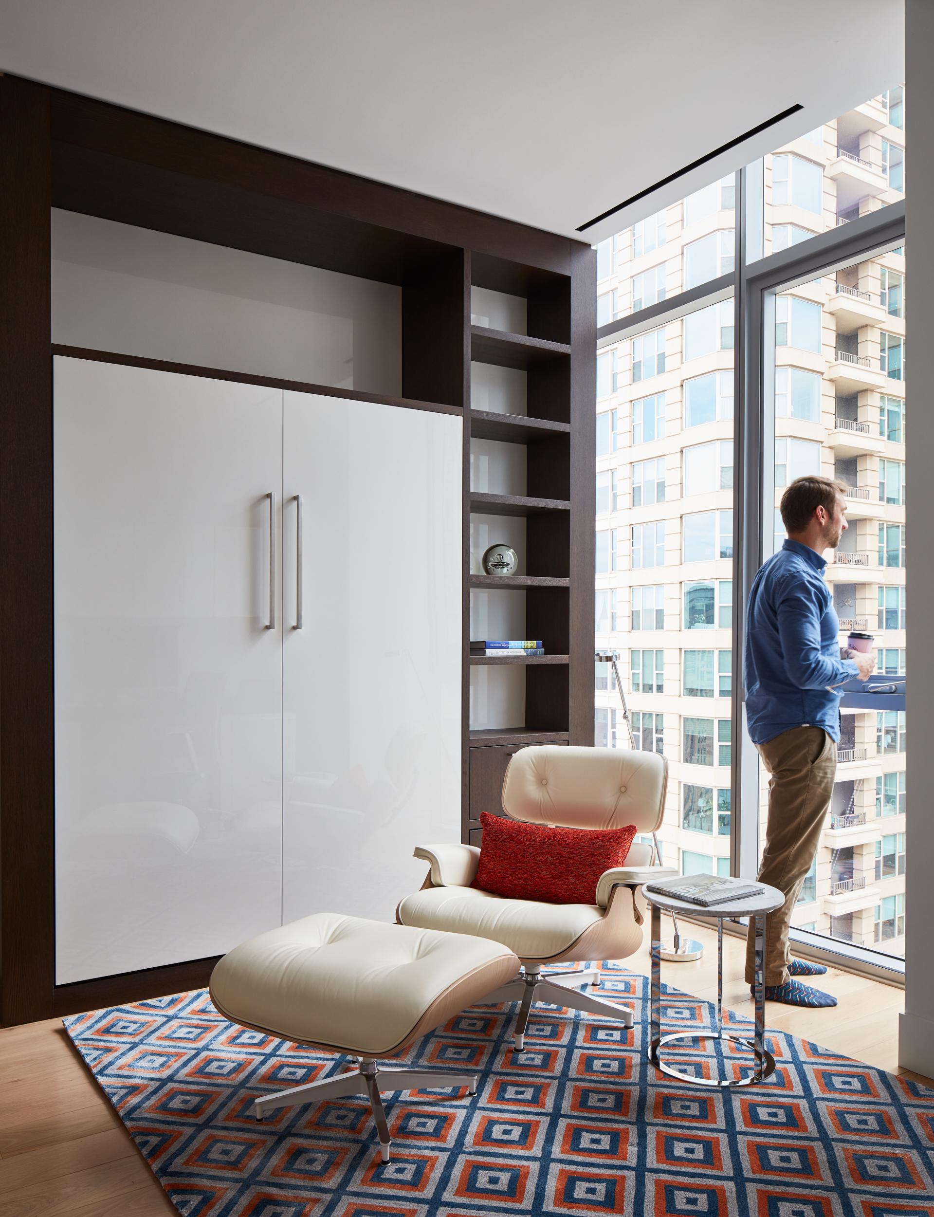 8-E-Huron-Apartments_valerio-dewalt-train