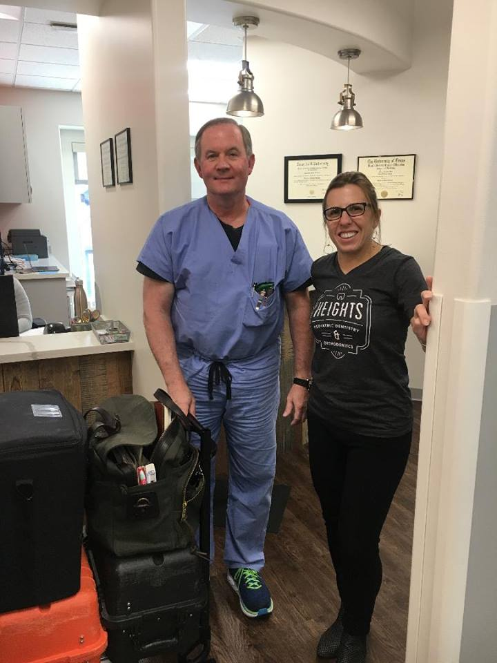 DR. LINDHORST WITH ANESTHESIOLOGIST, DR. BALLARD