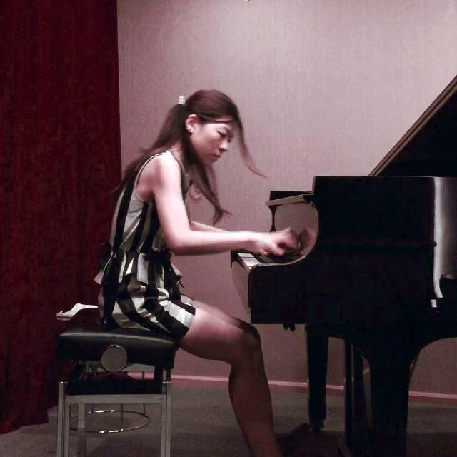 Pianist- Fanny
