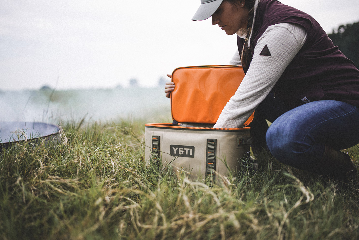Yeti Hopper Flip 18 Cooler on Modern Huntsman