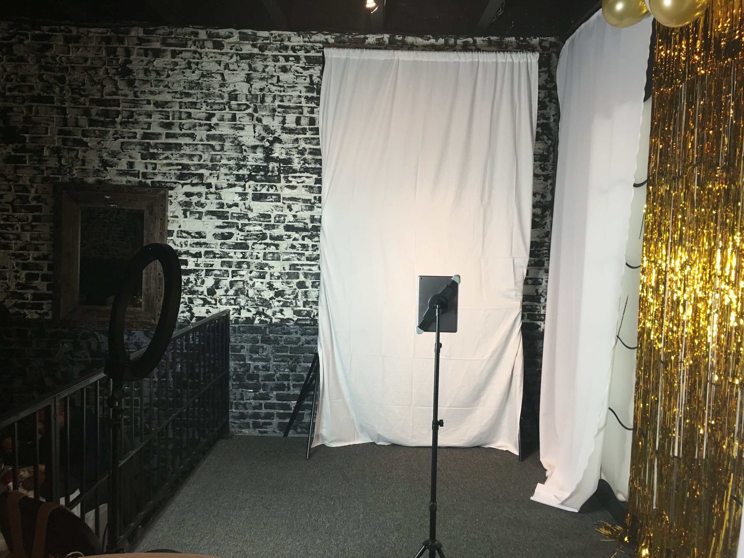 Behind the scenes of our basic photo booth setup