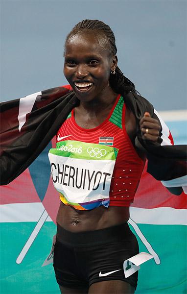 finish-line-vivan-cheruyiot-web.jpg