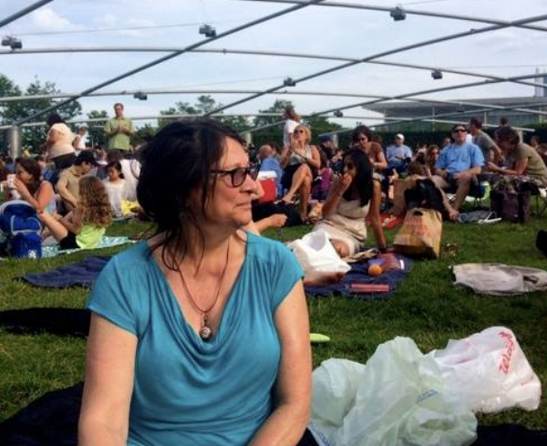 Waiting for the music to begin on a hot summer chicago day
