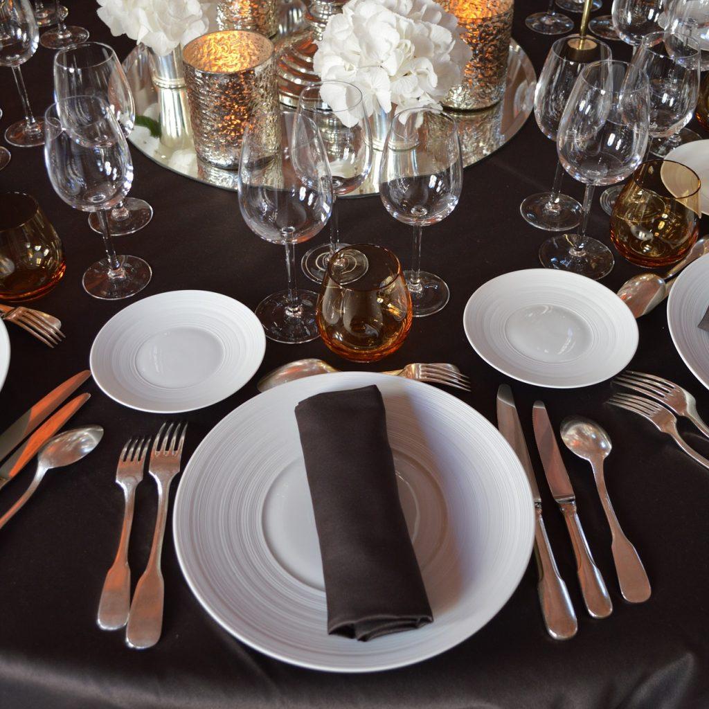 reception table decor