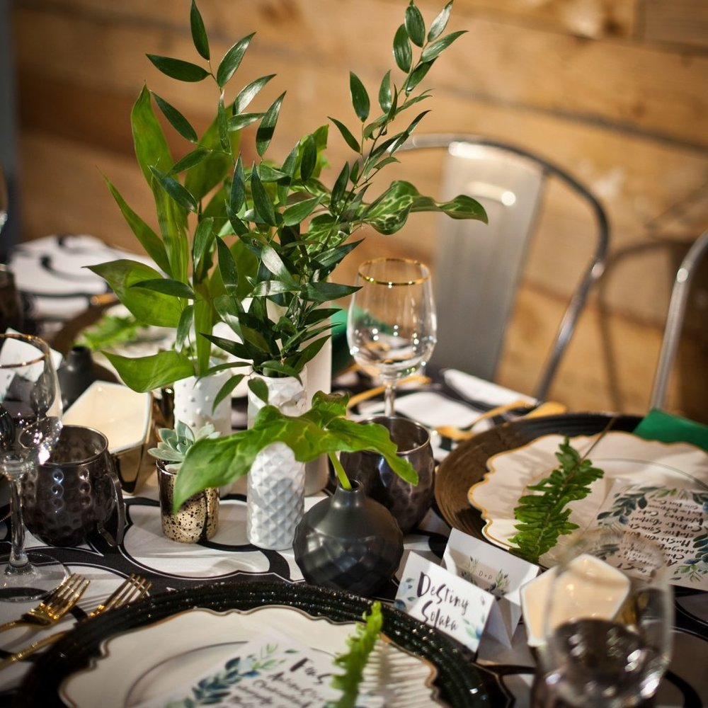 Greenery Table - Andrew Roby Events