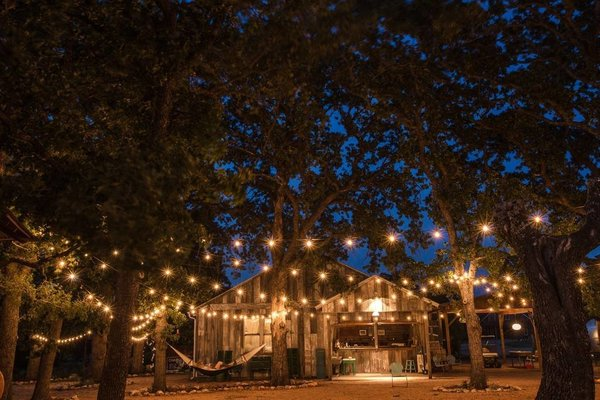 Airbnb - Vintage Glamping In Texas Hill Country