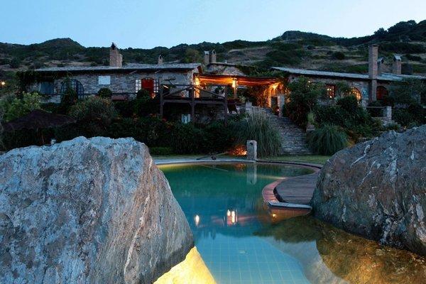 Airbnb - Greek Island Villa