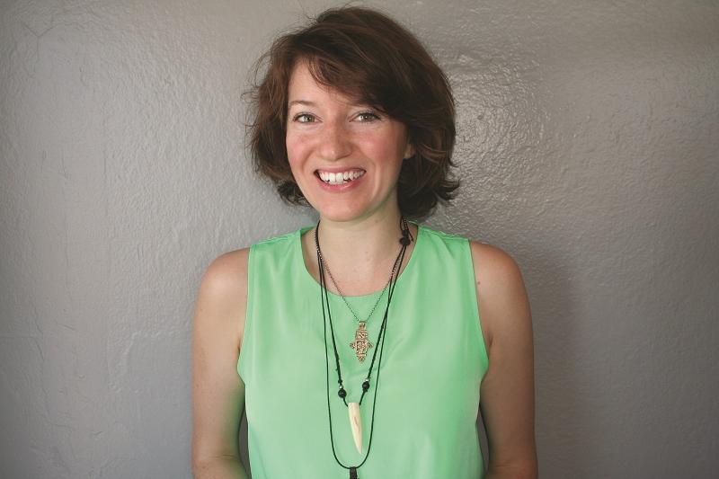Tori Telfer Author Photo (2).jpg