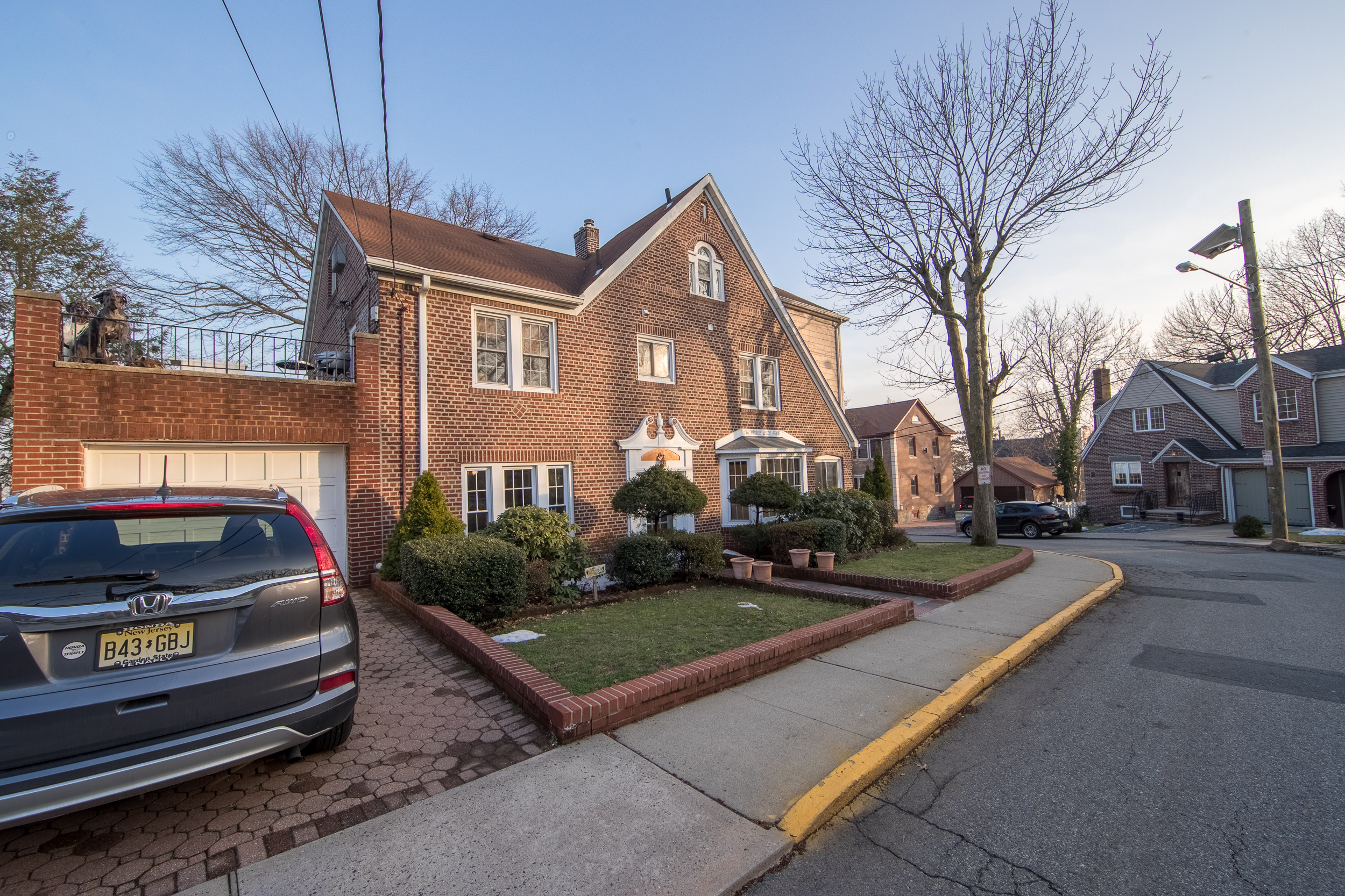 444 Oncrest Terrace, Cliffside Park, NJ