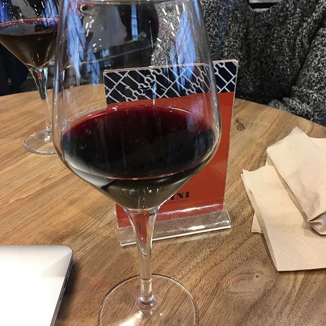 Is airport wine the best wine? It just might be. #tolondon