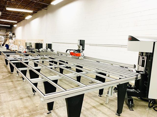 Our new automated production line is looking 👌🏻. Bringing you the absolute best in USA triple pane high performance window manufacturing. #europeanstylewithanamericanattitude ❤️🙌🏻 . . . . . . #passivehouse #triplepane #highperfromance #window #manufacturing #madeintheusa #localisgreenerandsmarter #winwin #goalgetter #architecture #architect #hustle #buildingscience #buildingsciencefightclub #getgeekywithus #lovepassivehouse