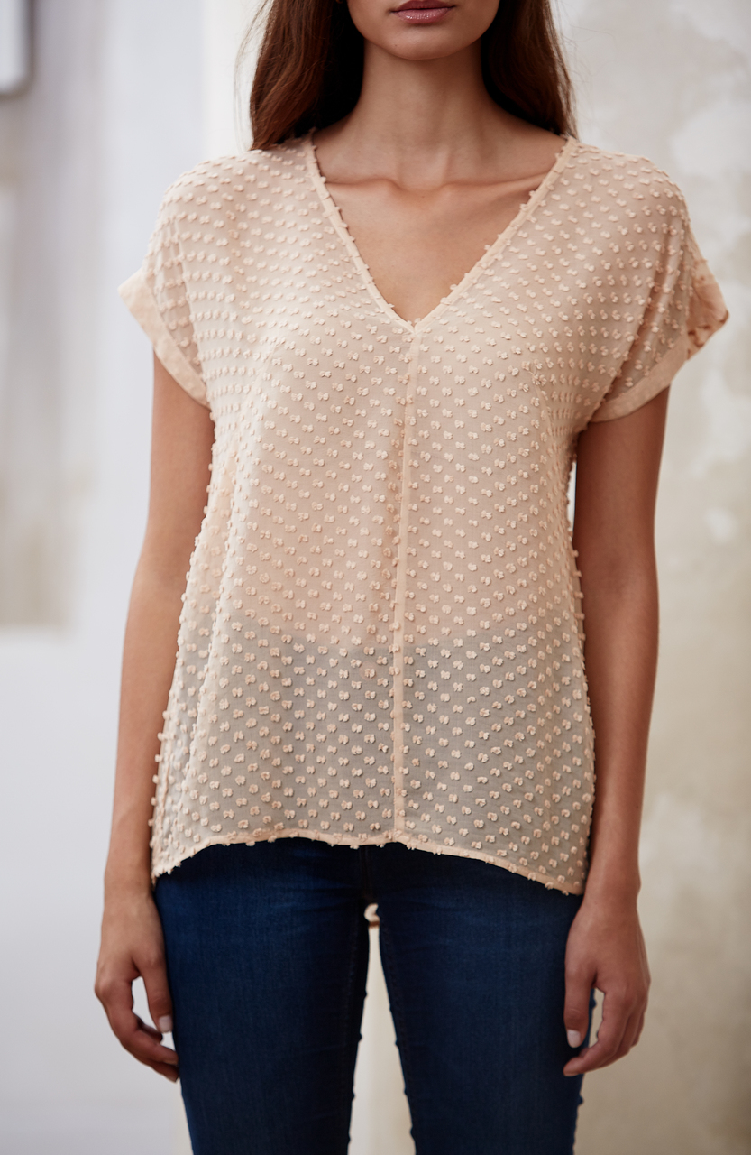 Ana Silk Tee by Raven + Lily