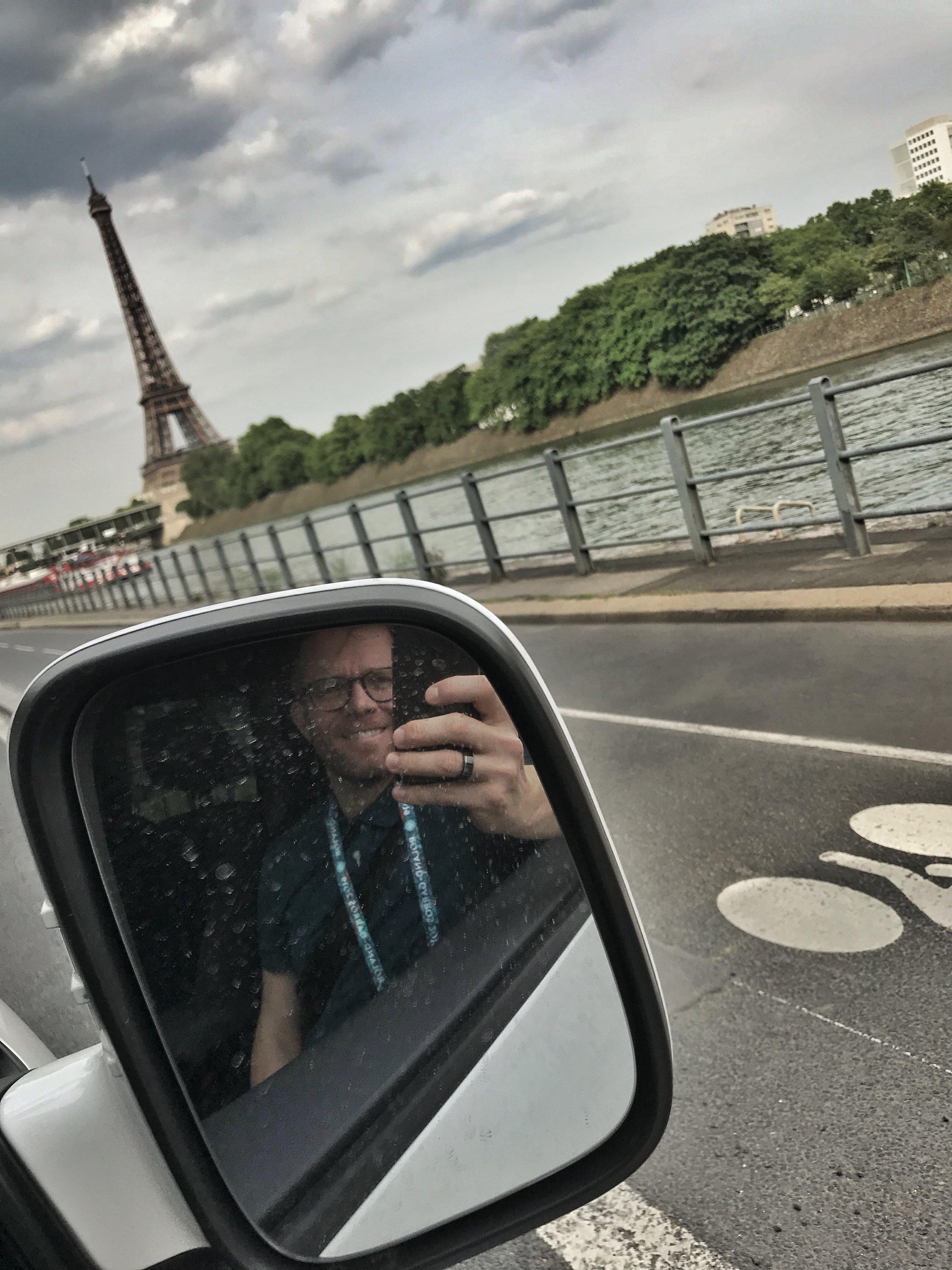 Bei der Ankunft in Paris